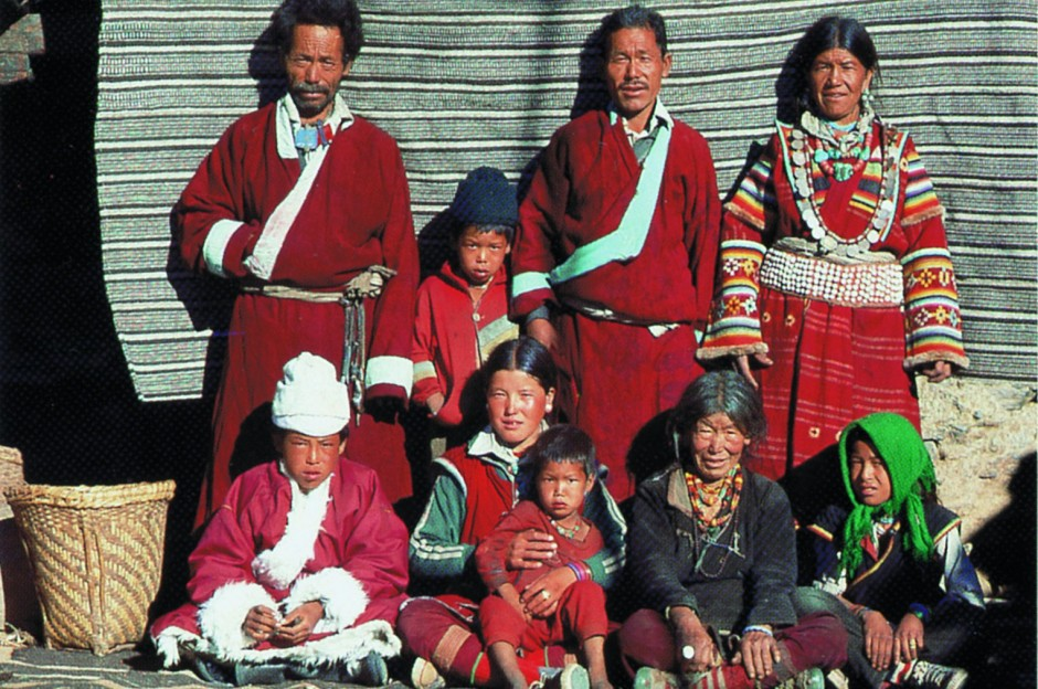 Polyandry in Nepal. Image courtesy of Richard McElreath
